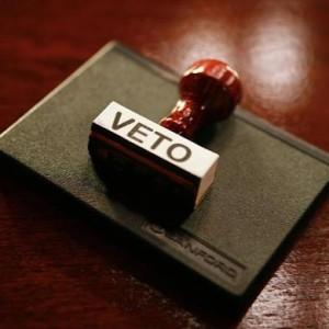 veto-11-585x390
